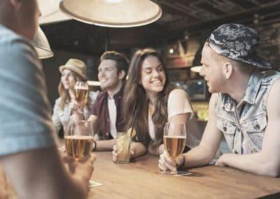 Netzwerken richtig lernen: 9 Tipps um neue Kontakte zu knüpfen + Bonustipp für Schüchterne!